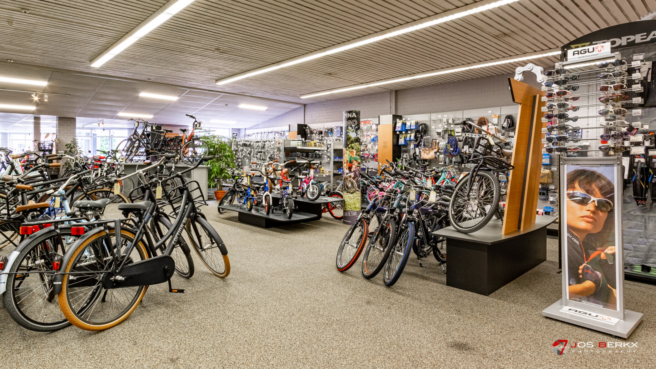 studio7even-business photography-bicycle shop